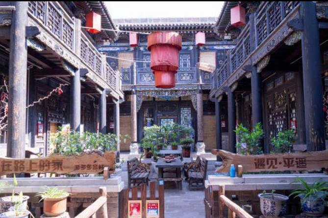 5h-old Pingyao village with French-speaking guide (Lunch included)