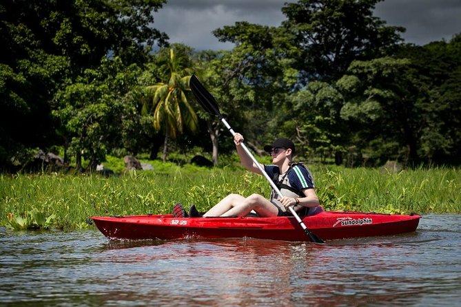 Las Isletas 2-Hour Kayak Adventure in Granada with Pickup