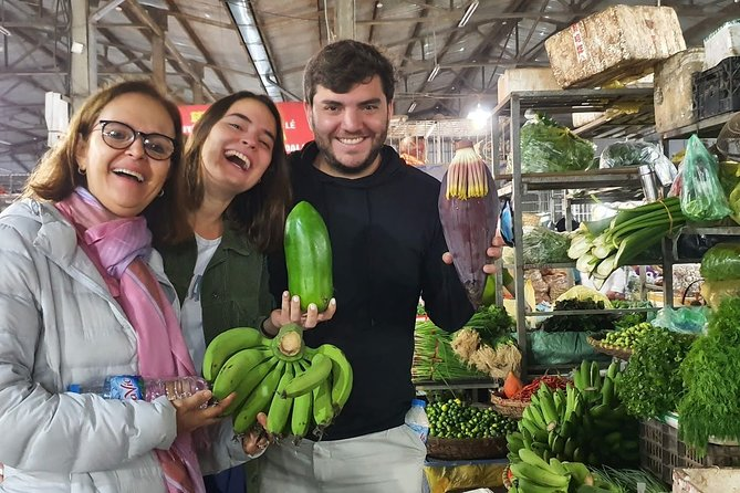 Local market and street food tour with a chef in Hanoi