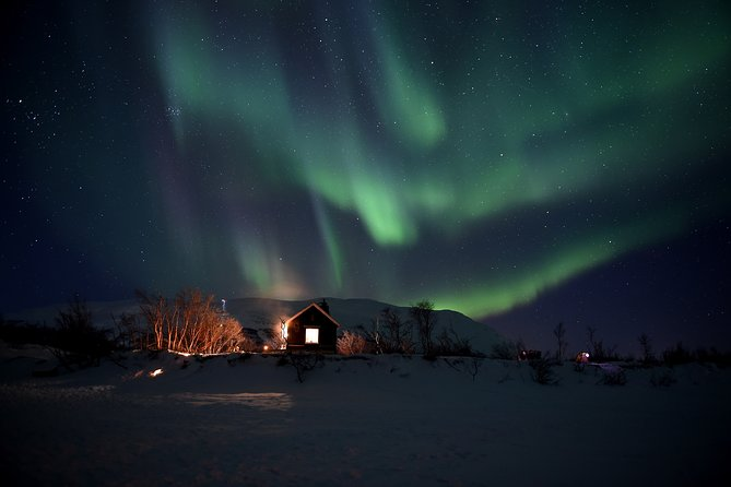 The Longest Northern Lights Tour in Abisko with Dinner