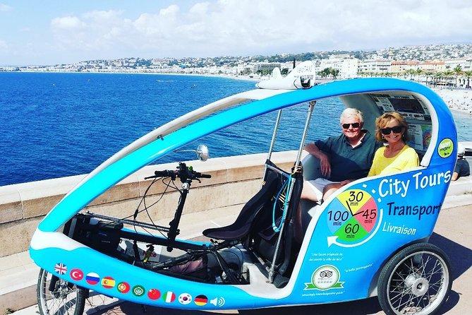 Nice Sightseeing Pedicab et visite privée multilingue avec un guide local - 1h40