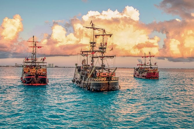 Dinner Show on a Pirate Ship from Cancun with Open Bar