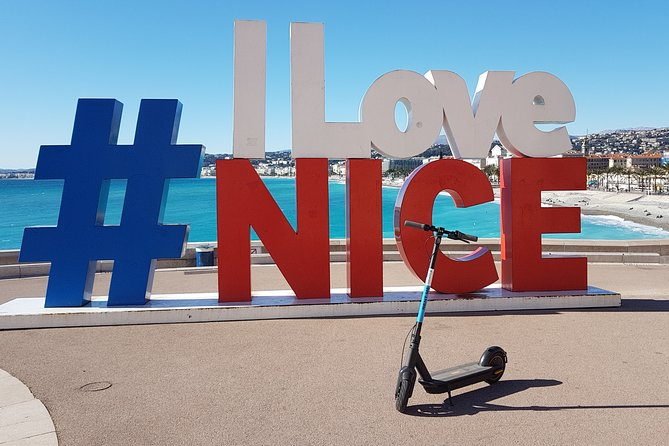 Cannes Electric scooter rental - 2H - CAT B