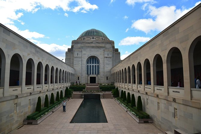 The best of Canberra Walking Tour