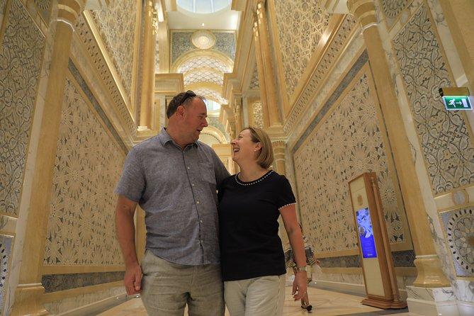 Abu Dhabi Small-Group Day Trip from Dubai by OceanAir™️