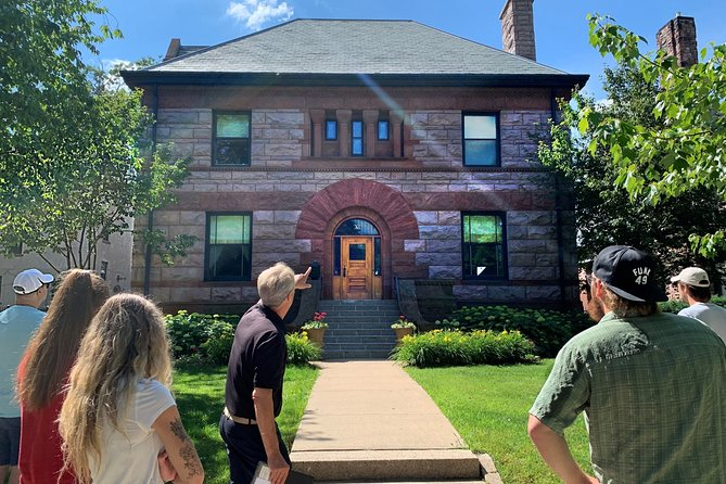 Walking St. Paul Summit Ave. Victorian Homes Private Tour (2 hrs)