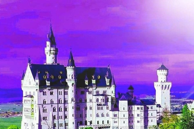 TRAVEL*SAFE EXCLUSiVE Neuschwanstein Castle Tour INCLUDiNG TiCKETS (even at short notice) from Munich