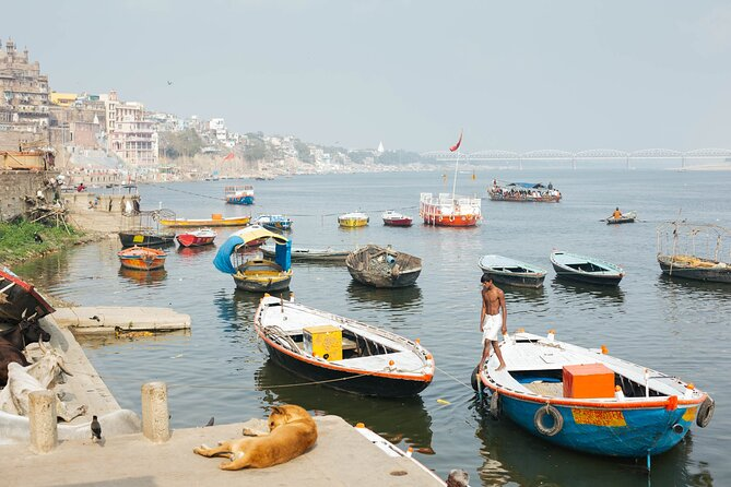 Immerse yourself in Varanasi's essence. 2 Days Tour