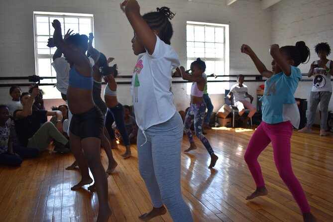 Sit in on a Youth Dance Rehearsal with a Subject Expert