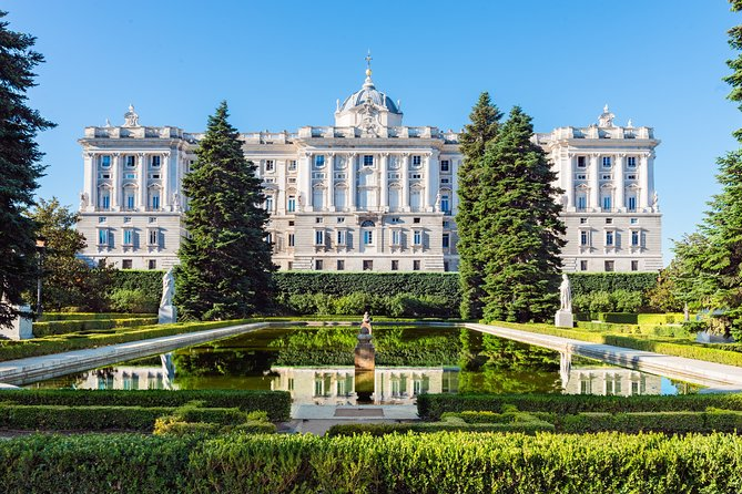 Royal Palace Skip-the-Line Ticket and Guided Tour in Madrid