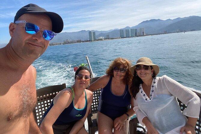 Private Yacht Tour along the Coast of Puerto Vallarta