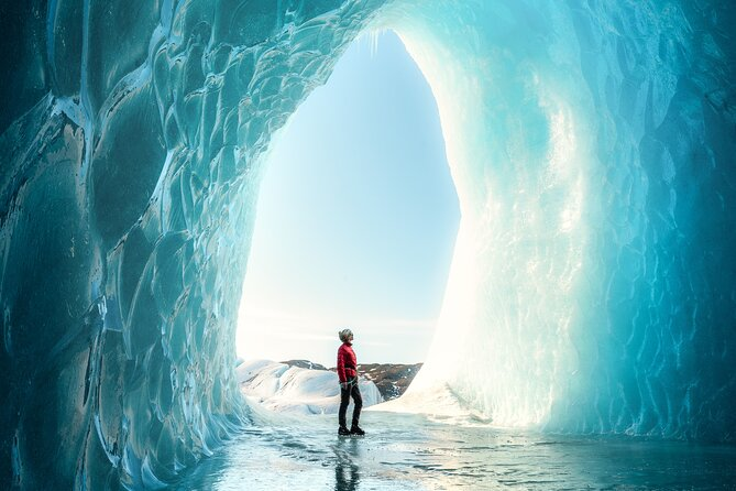 Full-Day Private Glacier and Ice Cave Hike with Photo Package