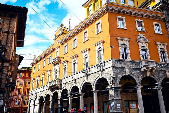 Guided Walking Tour of the Historic Center of Bologna