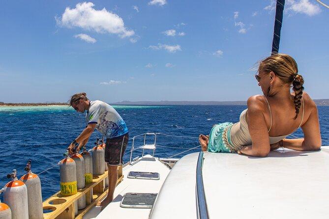 SAIL & DIVE catamaran trip