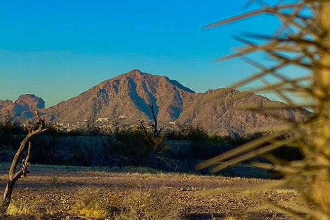 Epic Camelback Mountain Guided Hiking Adventure in Phoenix, Arizona