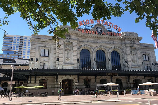 Downtown Denver History & Highlights - Small Group Walking Tour