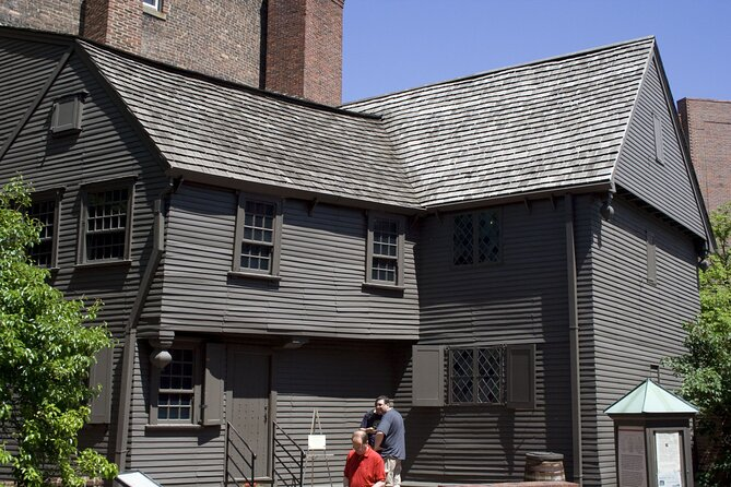 Walking Tour of the Freedom Trail in Boston