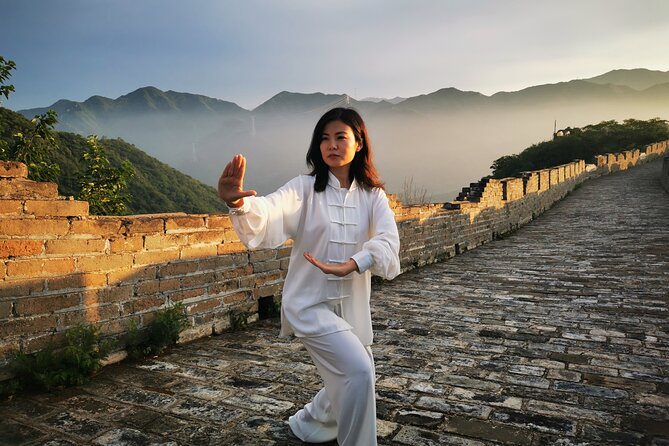 Practice Tai Chi on the Great Wall
