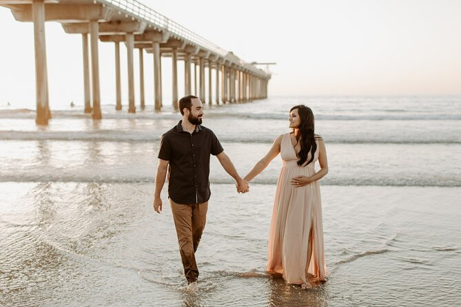 Private Vacation Photography Session with Local Photographer in San Diego