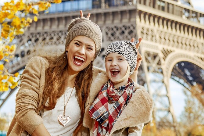 Seine River Direct Access Guided Cruise with Kids by Vedettes de Paris