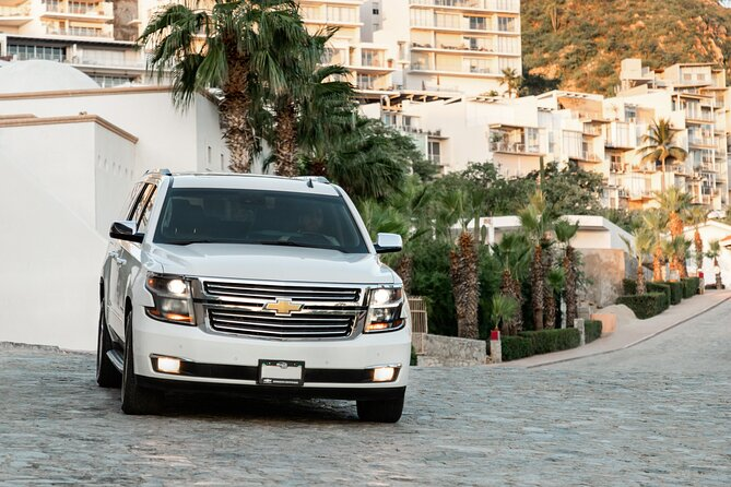 Private Round-Trip Transfer from SJD Airport to Cabo San Lucas