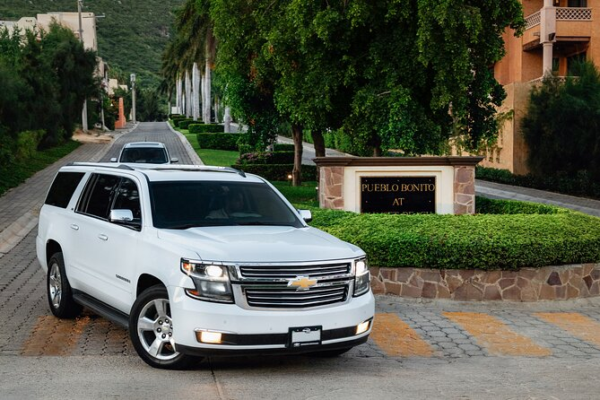 Private Round-Trip Transfer from SJD Airport to Cabo San Lucas Pacific Side