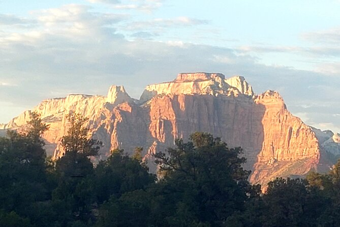 Half-Day Private Tour of Zion and Kolob with Petroglyphs and Ghost Town