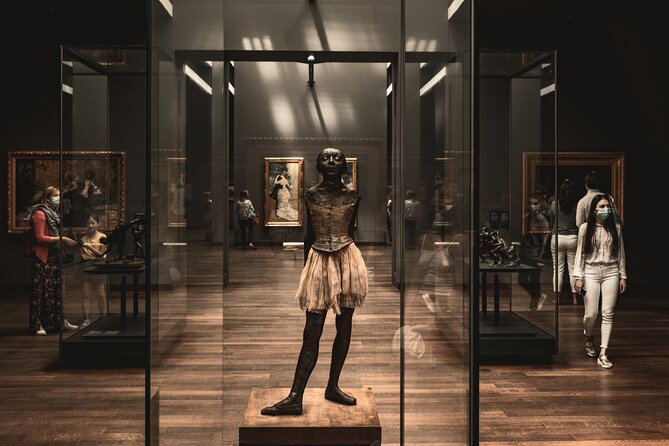 Skip the Line: Musée d'Orsay and Access to Self-guided tours in Paris