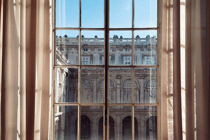 Royal Palace Madrid - Skip the Line - 6 people per tour maximum