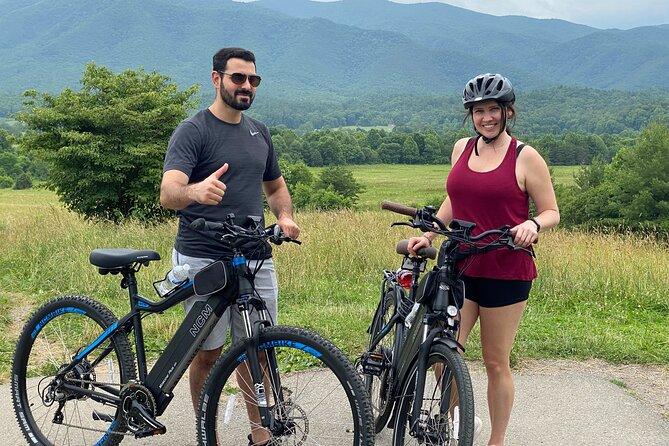 3 Hour Electric Bike Tour in Cades Cove
