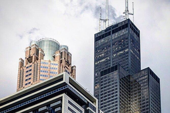 Chicago Architecture Walking Tour: Debunking Architecture Myths & Urban Legends