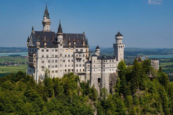 Tripadvisor Tagesausflug Von Munchen Zu Den Konigsschlossern Neuschwanstein Und Linderhof Zur Verfugung Gestellt Von Gray Line Sightseeing Munchen Oberbayern