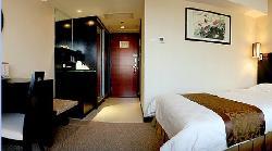 โรงแรมสกายไลน์ พลาซ่า