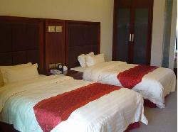 Linyin Holiday Hotel