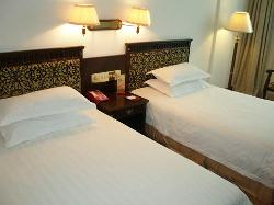 Huadong Hotel