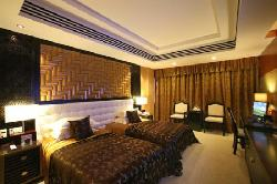 Xi'erdun Rome Holiday Hotel