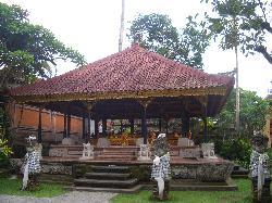 Istana Puri Saren