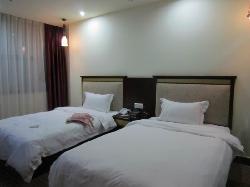 Motel 168 (Guangzhou Baiyun Airport)