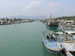 Houhai Bay