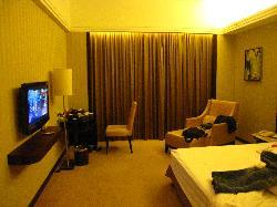 Master Huaqiao Hotel