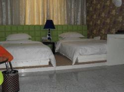 Dingsheng Shijie Hotel