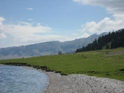 サイラム湖(賽里木湖)