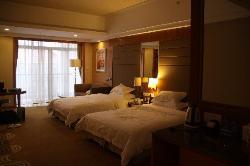 フェニックス ホテル - 肇慶 (肇庆碧桂园凤凰酒店)