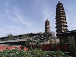 Twin Pagoda Temple (Shuangta si)