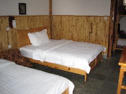 Moonshine Inn