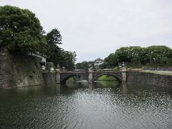 ‪Two-tiered Bridge (Ni-ju Bashi)‬