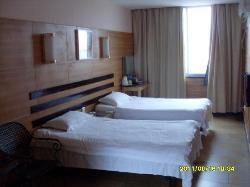 Yuelai Express Hotel