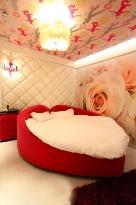 Fashion City Theme Concept Hotel Qingdao Chengshi Kongjian