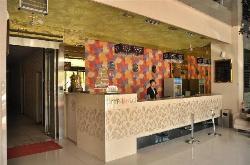 Half Pass Nine Digital Business Express Hotel