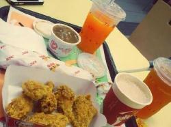 KFC (XuJing Carrefour)